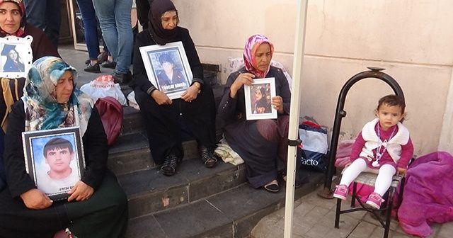 HDP önündeki ailelerin oturma eylemi 51'inci günde