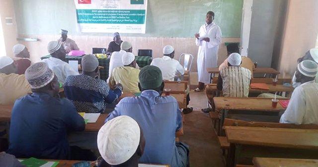 İDDEF Burkina Faso'da 'Eğitim Müessesleri Müfredat Programı' düzenledi