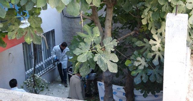 Isparta'da düştüğü apartman bahçesinde öldü