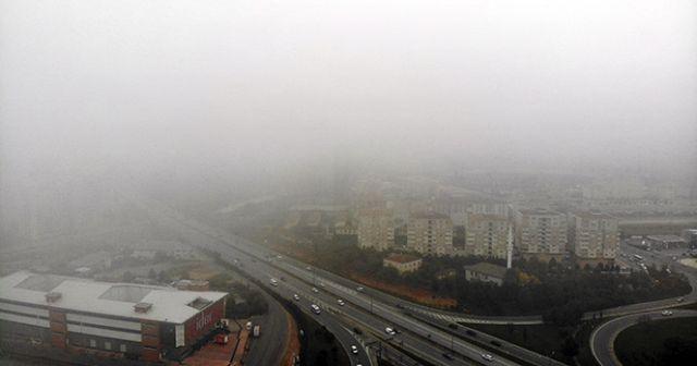 İstanbullular güne sis ile uyandı!