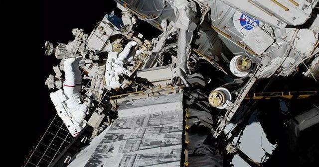 Kadın astronotlardan uzayda bir ilk