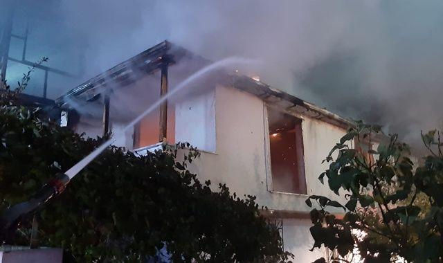 Kayınpeder gelininin evini yaktı