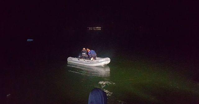 Nehre düşen iki kişiden biri kaldırıldığı hastanede öldü