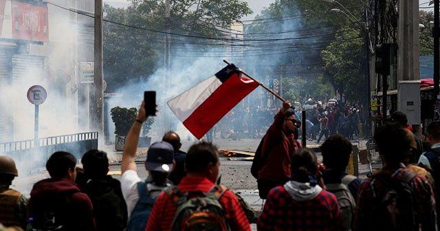 """Şili Devlet Başkanı Pinera'dan halka """"sükunet"""" çağrısı"""