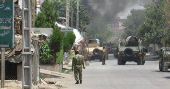 Cuma namazı sırasında camiye saldırı: 22 ölü