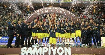 Cumhurbaşkanlığı Kupasını Fenerbahçe Öznur Kablo kazandı