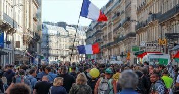 Fransa'da sarı yeleklilerin gösterileri 48. haftasında