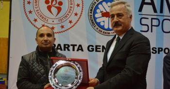 İHA Muhabiri'ne 'Yılın en iyi spor habercisi' ödülü