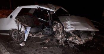 İzmir'de feci kaza: 2 ölü, 1 ağır yaralı