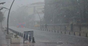 Kırklareli'de beklenen yağış şiddetli başladı! İstanbul'a doğru geliyor