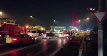 Köprüyü silahla trafiğe kapatan şüpheli tutuklandı