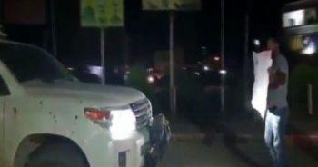 Köşeye sıkışan YPG'li teröristler ABD askerlerine yalvardı! 'Gitmeyin'
