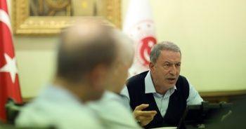 Milli Savunma Bakanı Akar, Fransız mevkidaşı ile telefonda görüştü