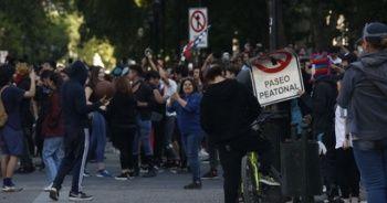 Şili'deki protestolarda 8 kişi hayatını kaybetti