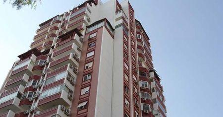 12. kattan düşen doktor hayatını kaybetti