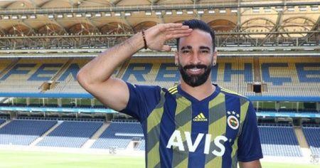 Adil Rami'den asker selamı