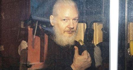 Assange'ın ABD'ye iade duruşması ertelenmeyecek