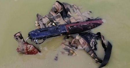 Avcı tüfeğini suya atıp avcılığı bıraktı