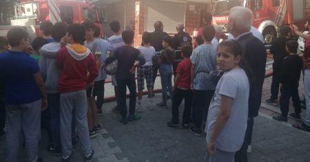 Esenyurt'ta mahalleyi sokağa döken yangın