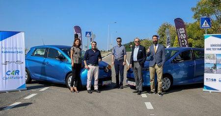 Kablosuz paylaşımlı şarj teknolojisi, sürücüsüz araç test parkurunda