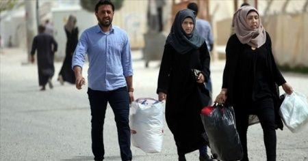 Tel Abyadlılar terörden kurtarılan ilçelerine dönmeye başladı