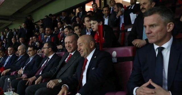 'Halk Erdoğan'ı çok seviyor'