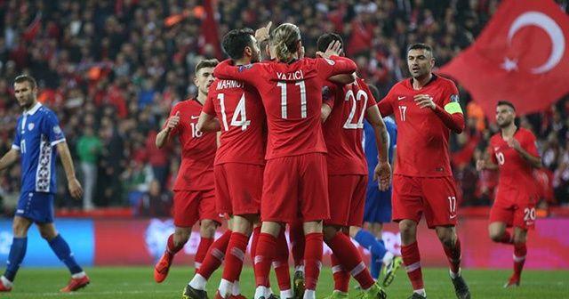 A Milli Futbol Takımı'nın İzlanda karşısındaki ilk 11'i belli oldu