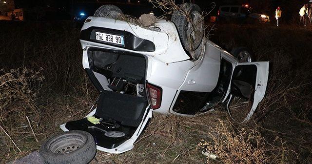 Ankara'da virajı alamayan otomobil boş araziye uçtu, yaralılar var