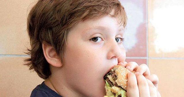 Çocuklarda obezite tehlikesi artıyor