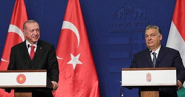 Cumhurbaşkanı Erdoğan gülerek yanıt verdi: Macaristan'a uğramadan giderler