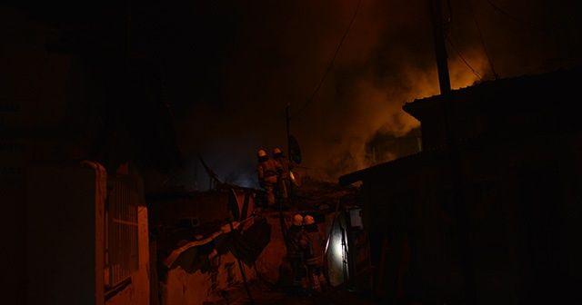 Eyüpsultan'da gecekondu yangını