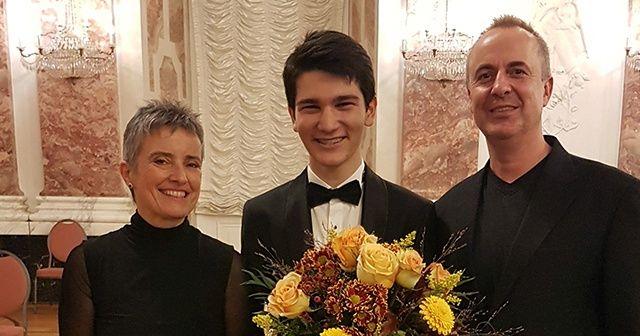 Genç yetenek Kaan Baysal '2019 Mozart Solist Ödülü'nü kazandı