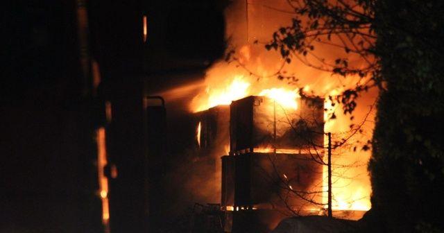 Geri dönüşüm fabrikasında korkutan yangın