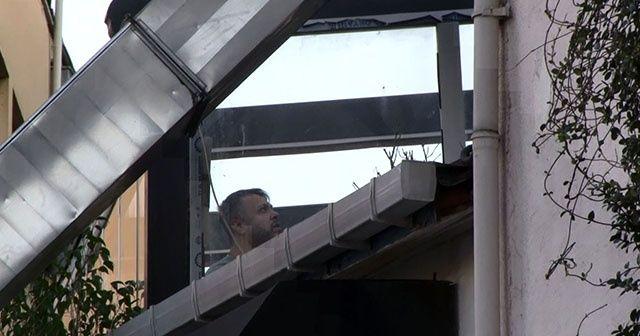 İngiliz ajanın düştüğü binanın çatısında inceleme