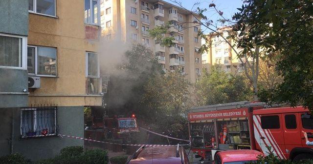 Kadıköy'de 15 katlı apartmanda yangın paniği