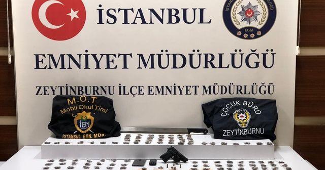 Polis meyve sandıkları arasında uyuşturucu ele geçirdi