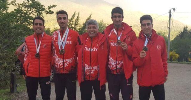 Vanlı atletten dünya ikinciliği