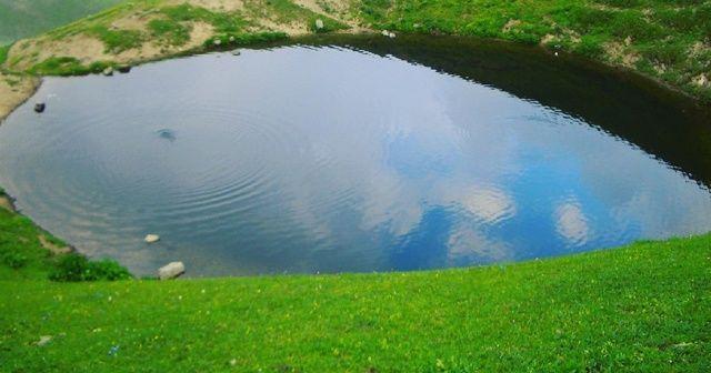 Yayla sakinleri: Dipsiz Göl kapatılsın