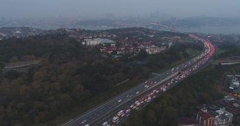 15 Temmuz Şehitler Köprüsü'nde trafik yoğunluğu drone ile görüntülendi