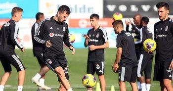 Beşiktaş'ta Atiba takımla çalıştı