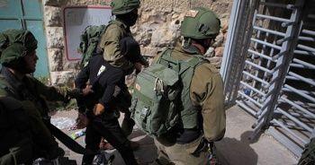 İsrail güçleri Batı Şeria'da 8 Filistinliyi gözaltına aldı