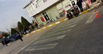 Kahvehaneye silahlı saldırı: 11 yaralı