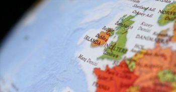Kuzey İrlanda'daki silahlı gruplar varlıklarını sürdürüyor