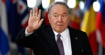Nazarbayev'den Putin ve Zelenskiy'e ara buluculuk önerisi