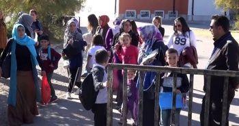 Otizmli öğrenciler okullarında kalmak istiyor