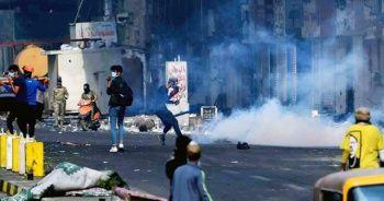 Protestoculara gaz bombası atıldı: 3 ölü
