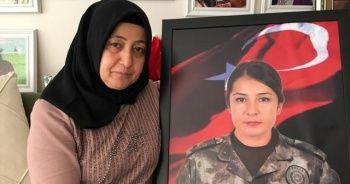 Şehit annesi Emine Güler: 15 Temmuz'u unutmayın, unutturmayın