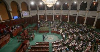 Tunus'ta hükümeti kurma görevi Nahda'nın adayı Cemeli'ye verildi