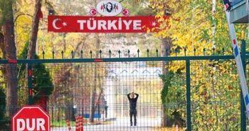 Türkiye sınır dışı etmişti! 3 gündür böyle bekliyor