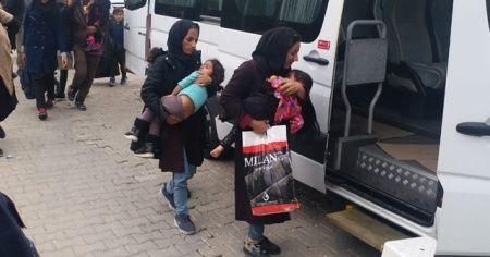Durdurulan araçtan 21 göçmen çocuk çıktı